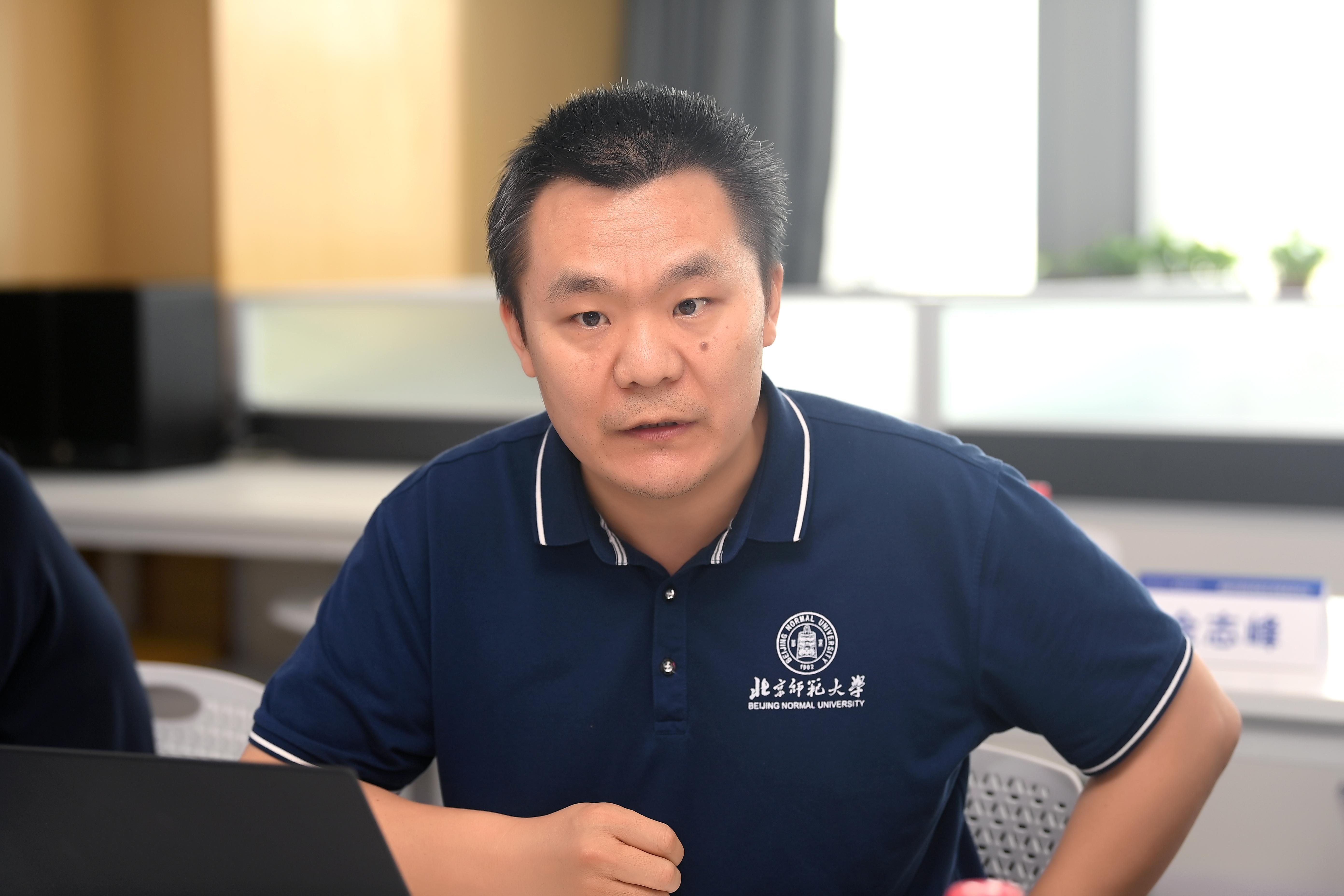 杨玉春副教授.jpg